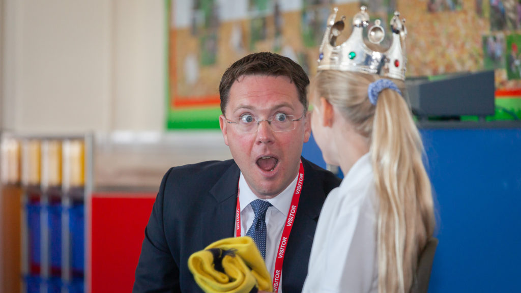 Robert Courts MP, Witney and West Oxfordshire, visiting Kingham Primary School